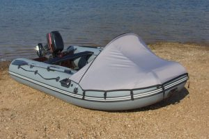 "Тент носовой на лодку под мотор Пилот ""М-300"" – ""М-320"" зеленый"